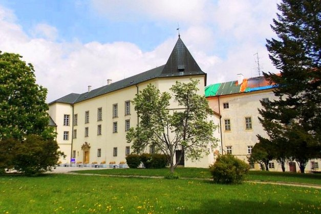 Zamek w Wyszkowie na Morawach Południowych